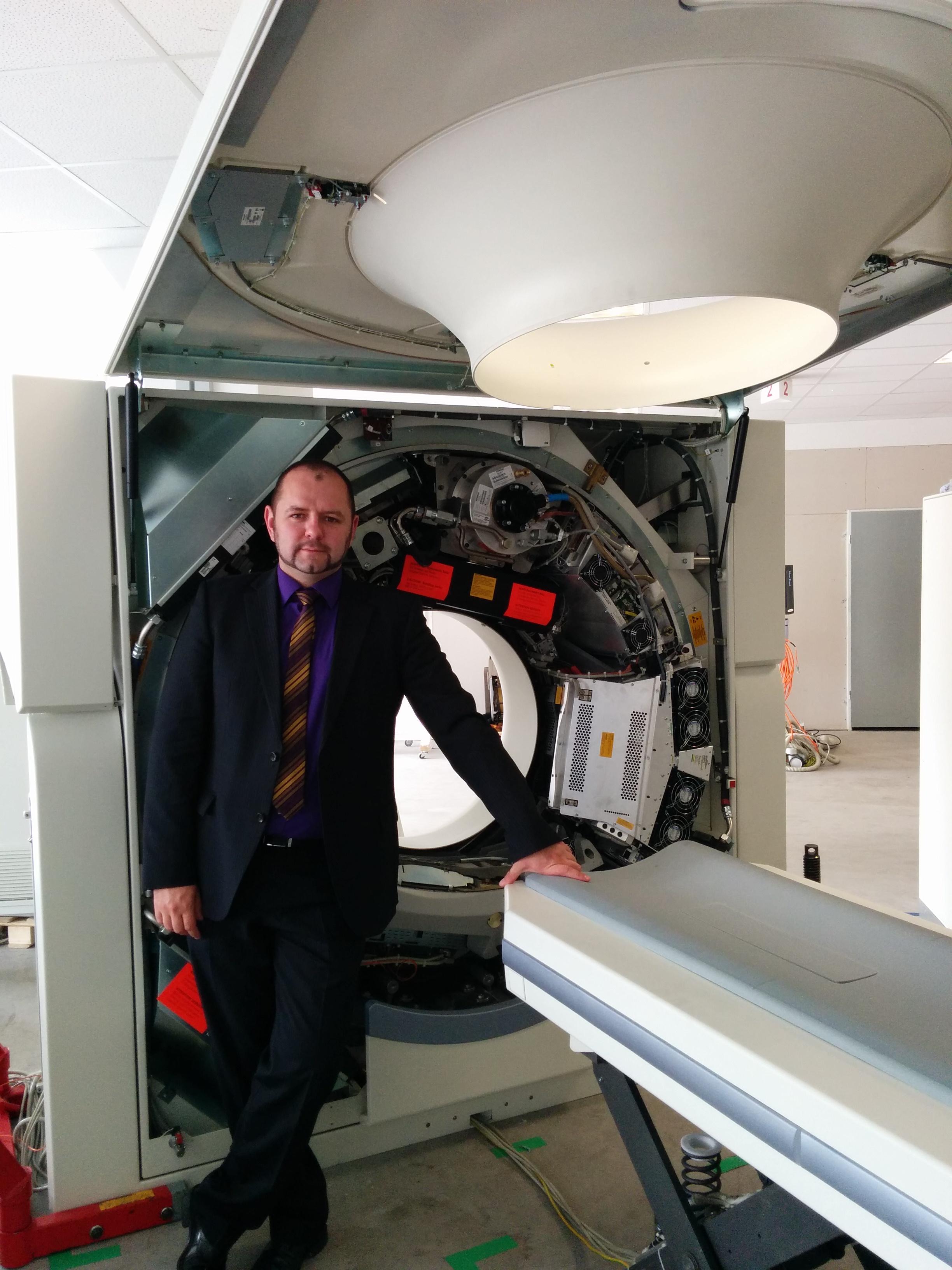 www.medeor-service.de computertomographie CT MRT X-Ray Siemens Toshiba GE Philips spare parts
